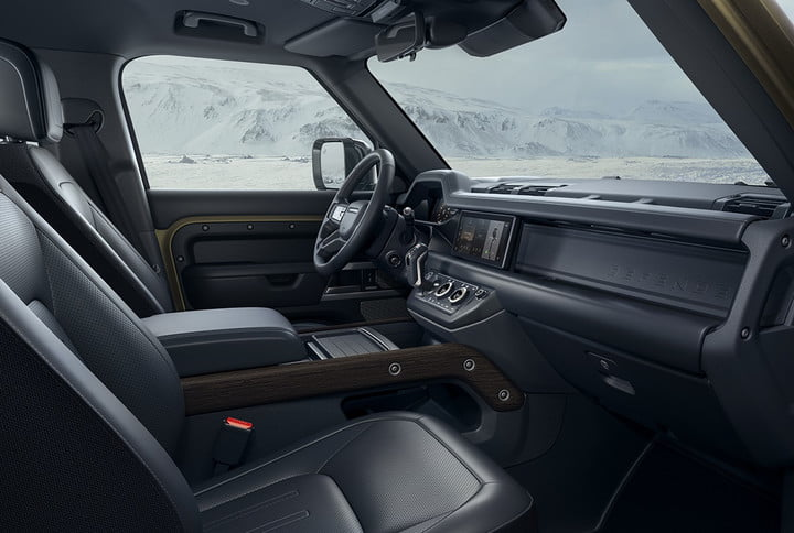 2020 land rover defender boasts rugged style usable tech lr def 110 20my interior 100919 05