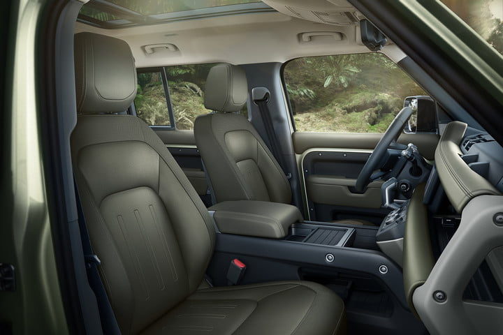 2020 land rover defender boasts rugged style usable tech lr def 110 20my interior 100919 06